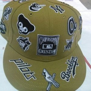 ac910ac190c New Era Accessories - New era fitted vintage baseball team logos